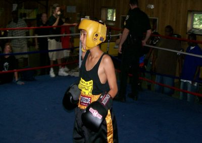 cops-helping-kids-boxing7